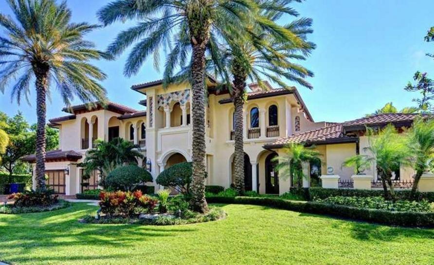 $6.9 Million Mediterranean Waterfront Home In Fort Lauderdale, FL