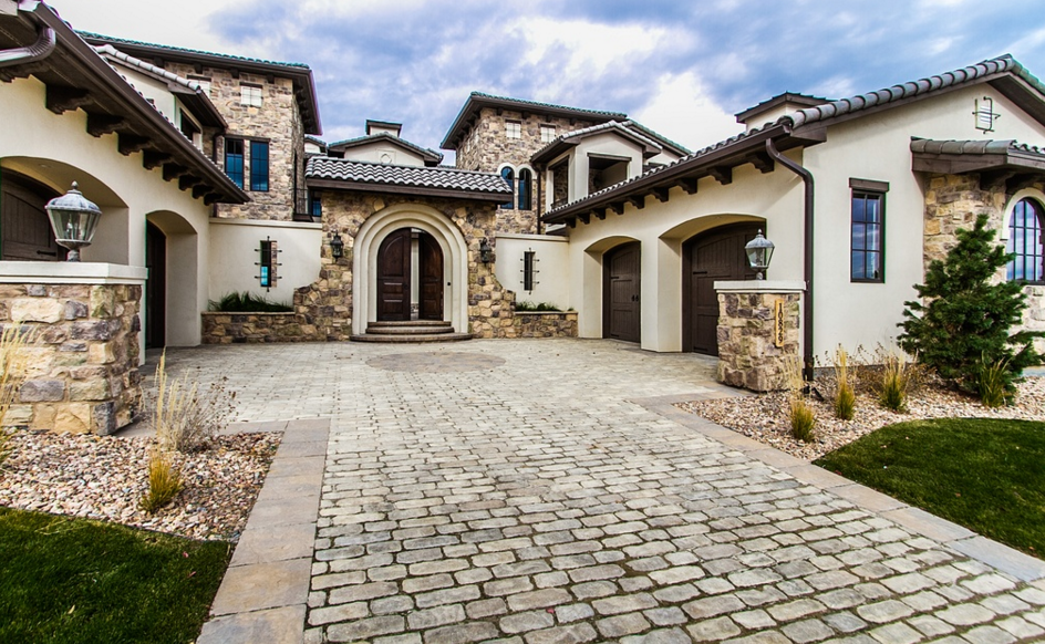 13 000 Square Foot Stone Amp Stucco Mansion In Highlands