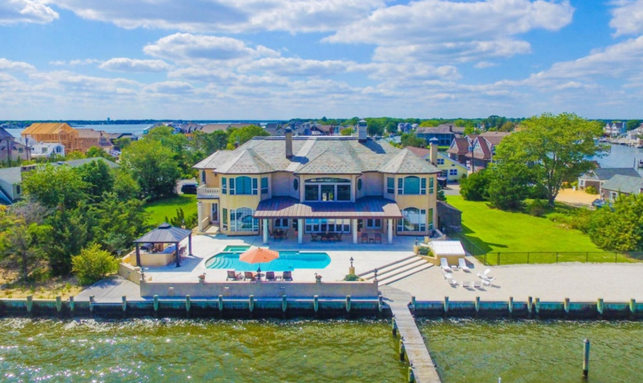 $3 Million Waterfront Home In Brick, NJ