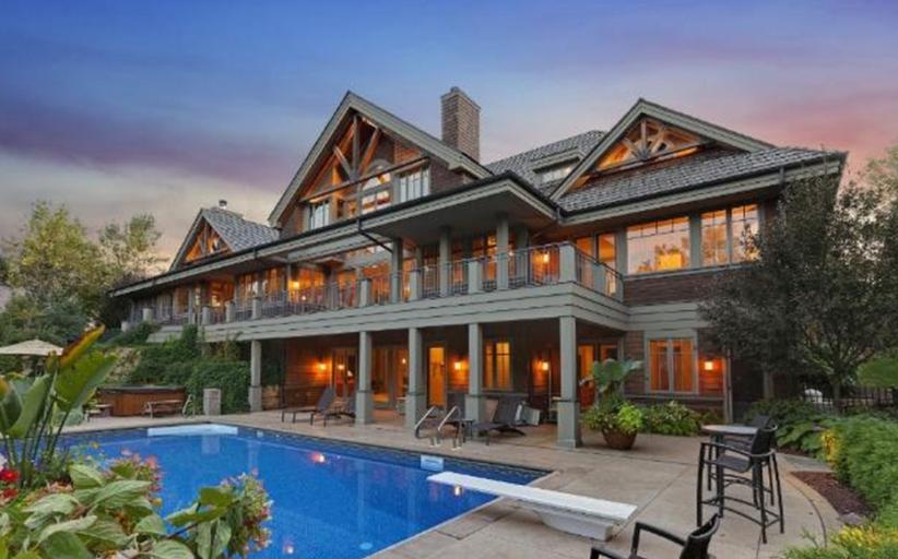 $2.5 Million Rustic Mansion In Lake Elmo, MN