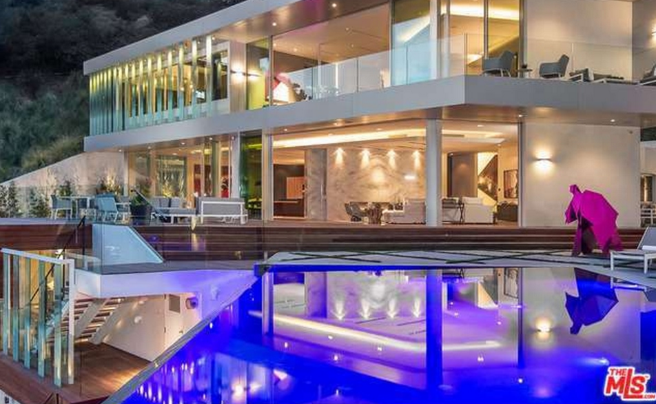 $19.75 Million Contemporary Mansion In Los Angeles, CA