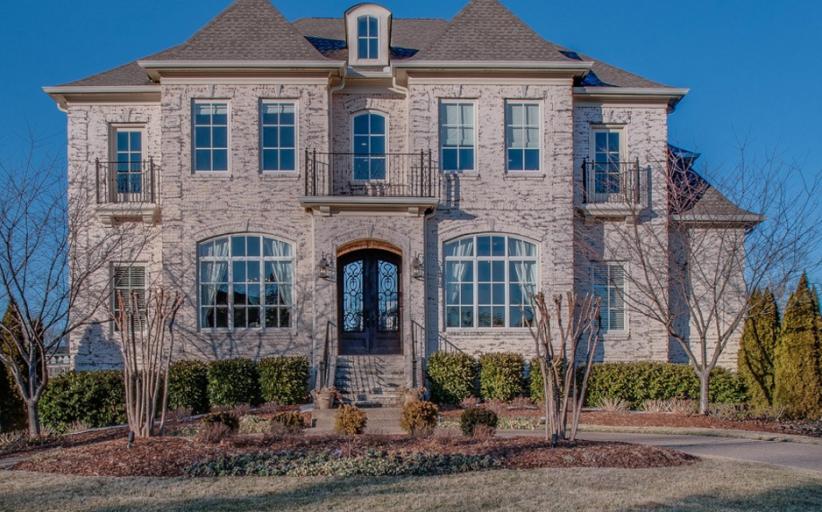 $1.7 Million Brick Mansion In Brentwood, TN