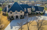 $2.2 Million Lakefront Stone & Stucco Mansion In Edmond, OK