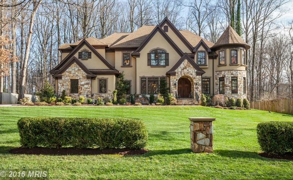 1 9 million stone stucco mansion in great falls va for Stucco and stone