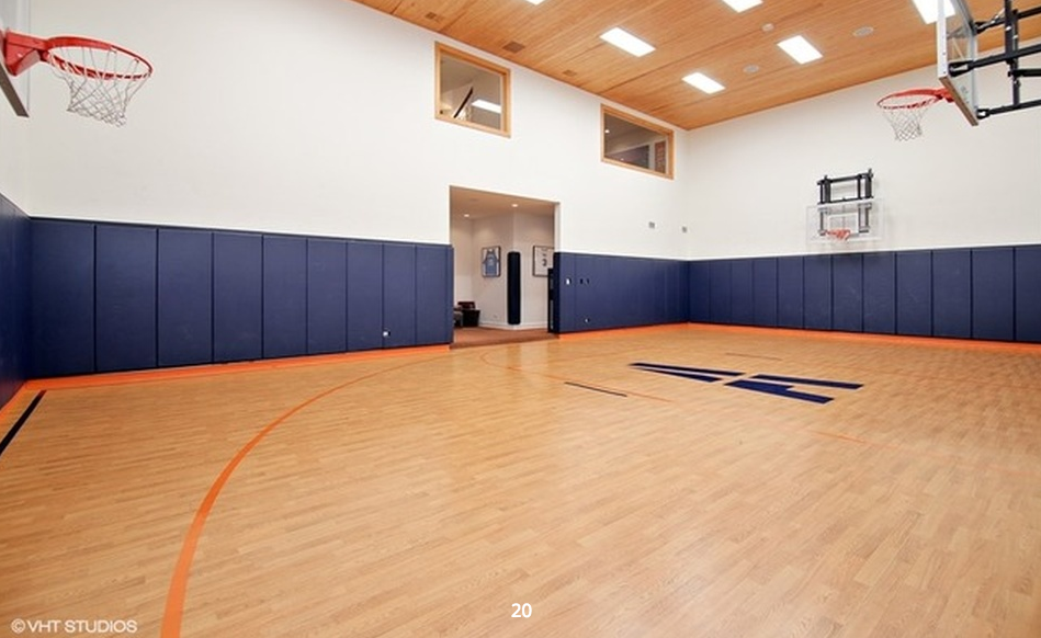 3 4 Million Stone Mansion In Wilmette Il With Indoor Basketball Court Homes Of The Rich