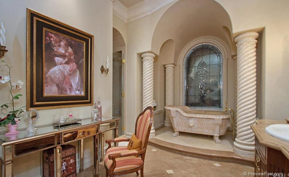 Living Spaces Murrieta : 10,000 Square Foot Hilltop Mansion In Murrieta, CA  Homes ...