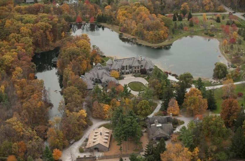 $30 Million Grand Estate In Fort Wayne, IN