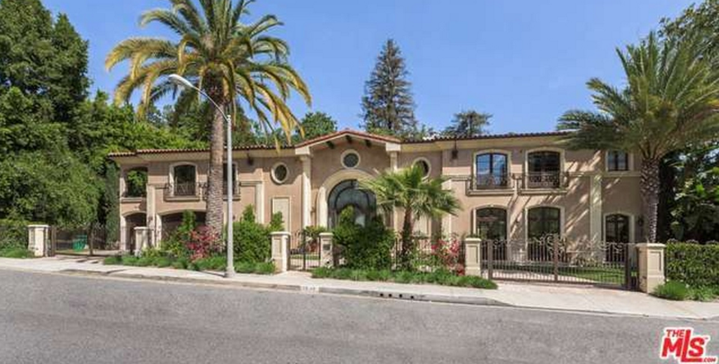 $12.995 Million Mediterranean Mansion In Beverly Hills, CA