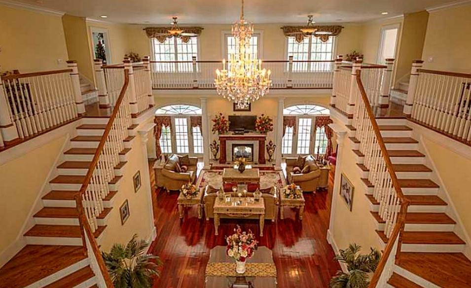 1 9 Million Plantation Style Mansion In Ivor Va Homes