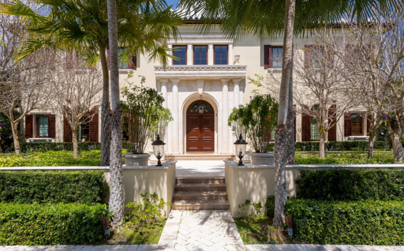 $21.4 Million Waterfront Mansion In Coral Gables, FL