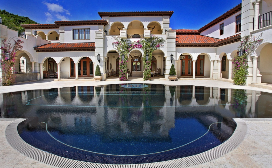 $19 Million Mediterranean Waterfront Mansion In Coral Gables, FL
