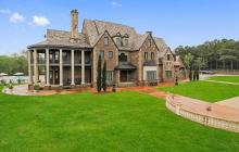 $2.825 Million Brick Mansion In Canton, MS