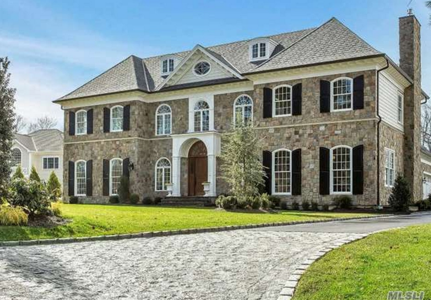 $4.8 Million Newly Built Colonial Mansion In Manhasset, NY