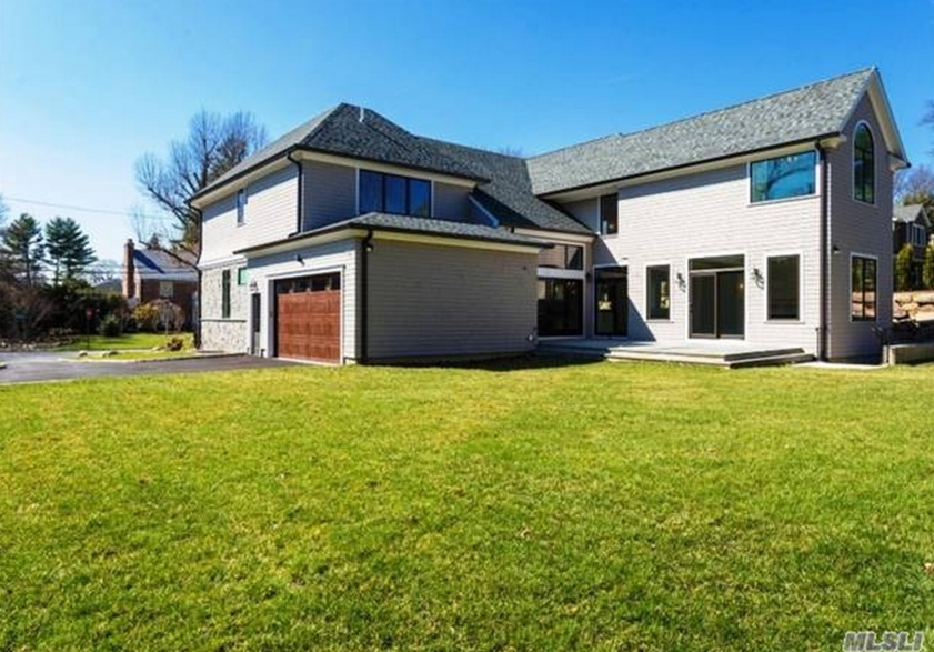 3 4 Million Newly Built Stone Cedar Home In Manhasset