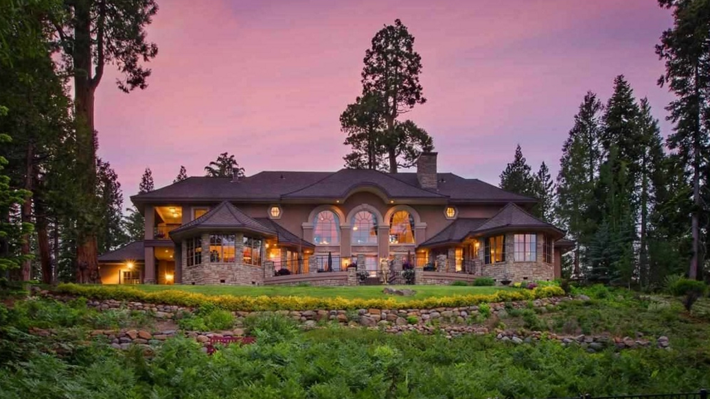 $10.4 Million Lakefront Home In Tahoe City, CA