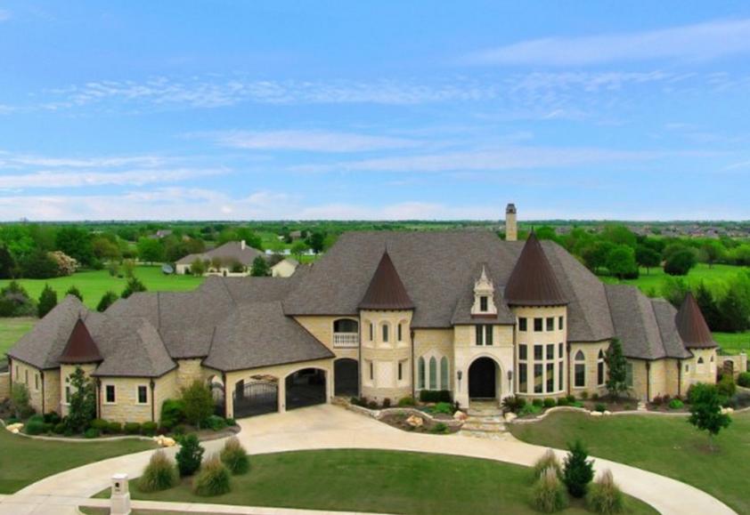 $1.75 Million Stone Home In Rockwall, TX
