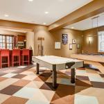 Game Room w/ Kitchen