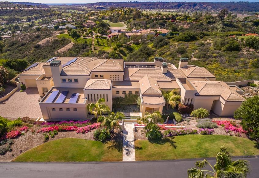 $6.9 Million Contemporary Mansion In Rancho Santa Fe, CA