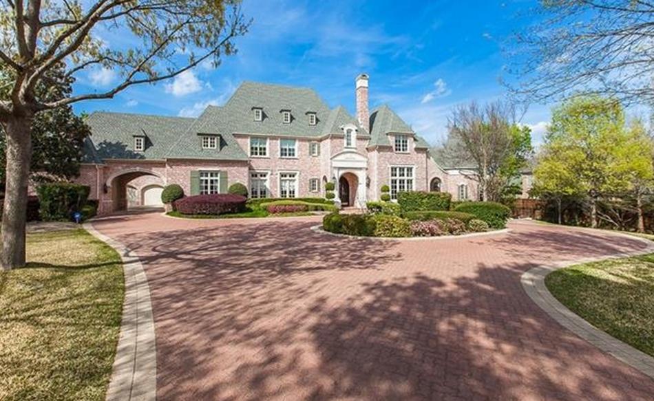 $2.75 Million Brick Mansion In Coppell, TX