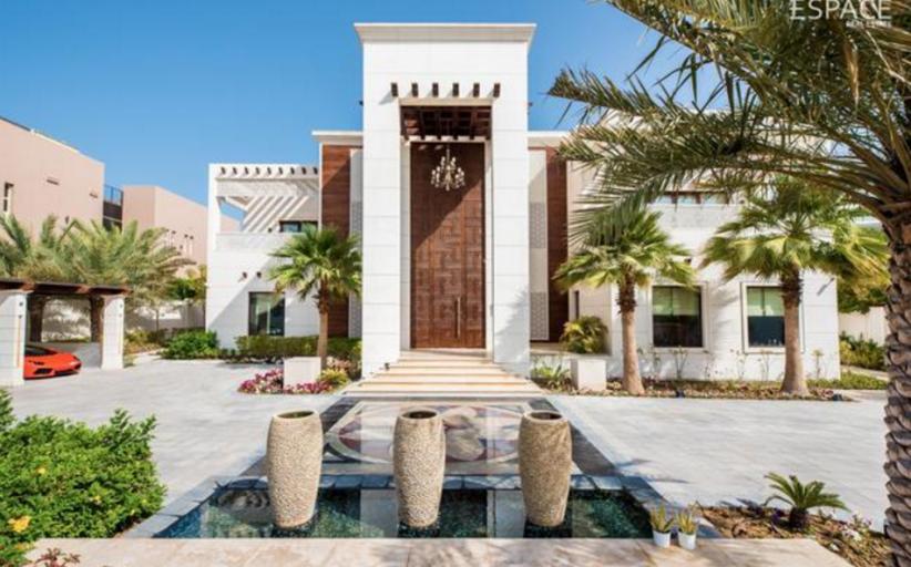 23,000 Square Foot Mega Mansion In Dubai
