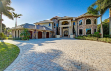 $2.375 Million Lakefront Country Club Mansion In Lake Worth, FL