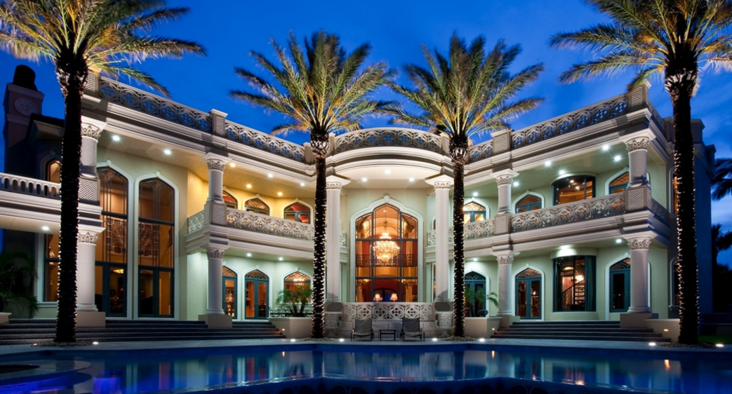 Palazzo di Mare – A 28,000 Square Foot Beachfront Mega Mansion In Vero Beach, FL