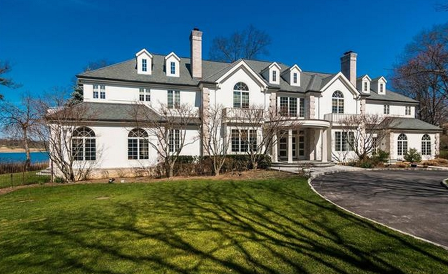 10 000 Square Foot Waterfront Colonial Mansion In Rye Ny