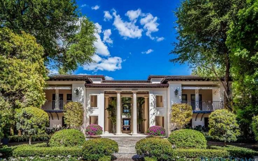 $28 Million Waterfront Mansion In Coral Gables, FL