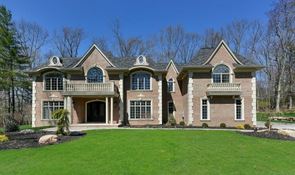 $2.695 Million Newly Built Colonial Brick Mansion In Upper Saddle River, NJ