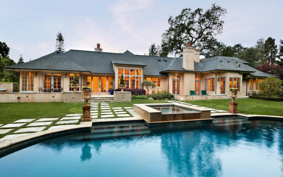 $10.9 Million Home In Atherton, CA