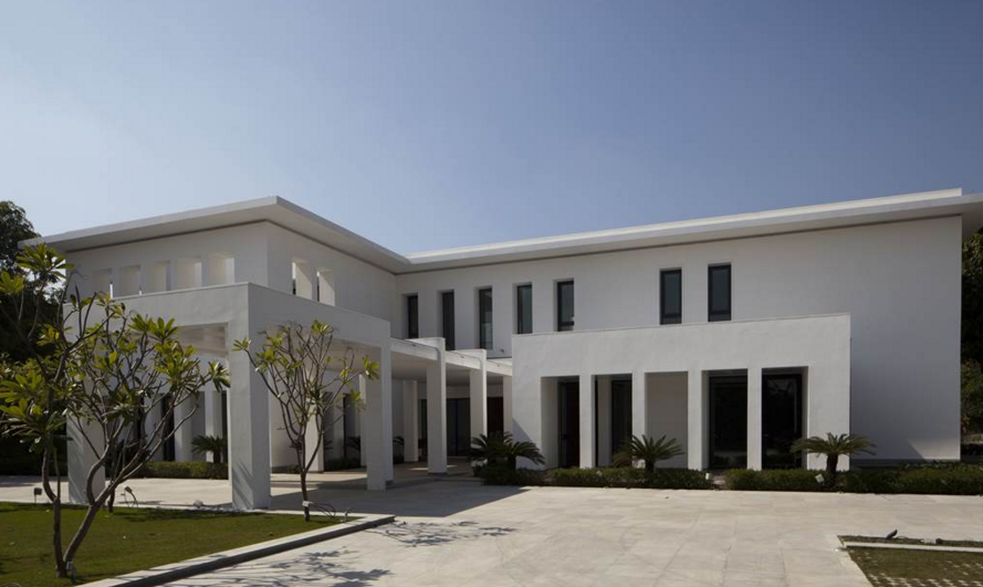 17 000 Square Foot Modern Mansion In New Delhi India