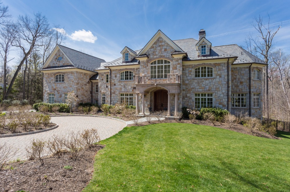 $8.95 Million Stone Mansion In Alpine, NJ