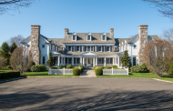 $6.75 Million Colonial Mansion In New Canaan, CT