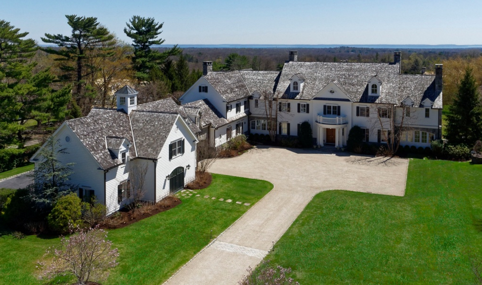 $8.995 Million Colonial Mansion In Greenwich, CT