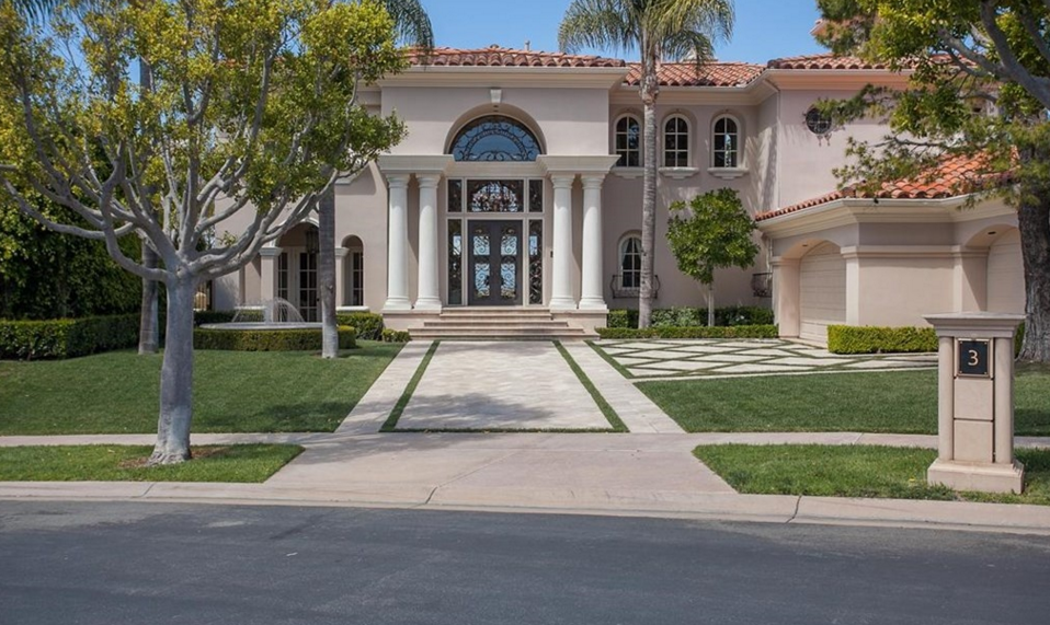 $5.85 Million European Inspired Home In Newport Coast, CA