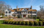 $4.195 Million Georgian Colonial Mansion In New Canaan, CT