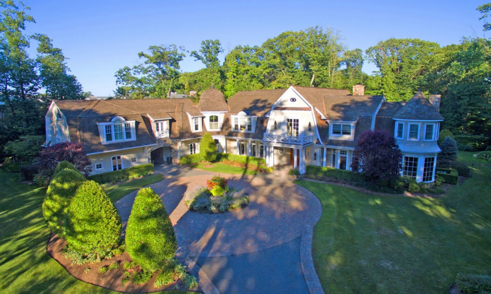 $4 Million Shingle Mansion In Saddle River, NJ