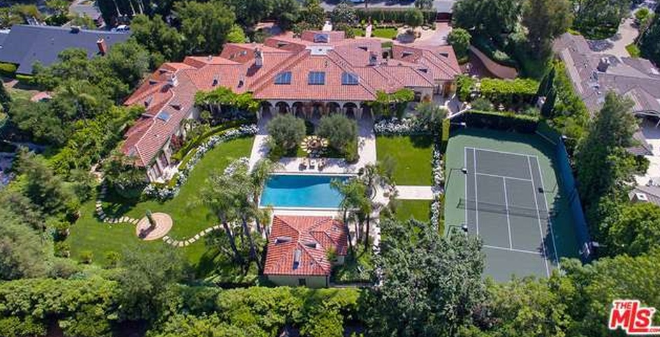 12 000 square foot tuscan inspired mansion in encino ca for Tuscan california