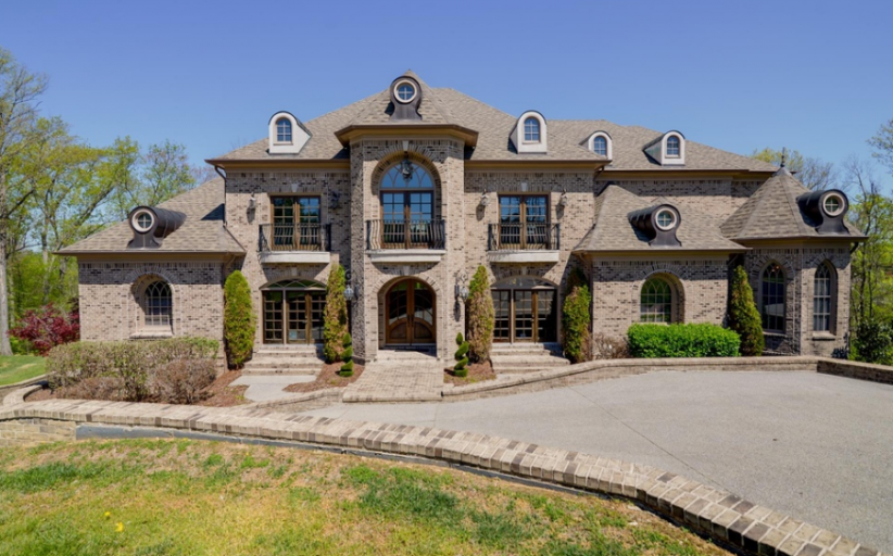 11,000 Square Foot Brick Mansion In Brentwood, TN