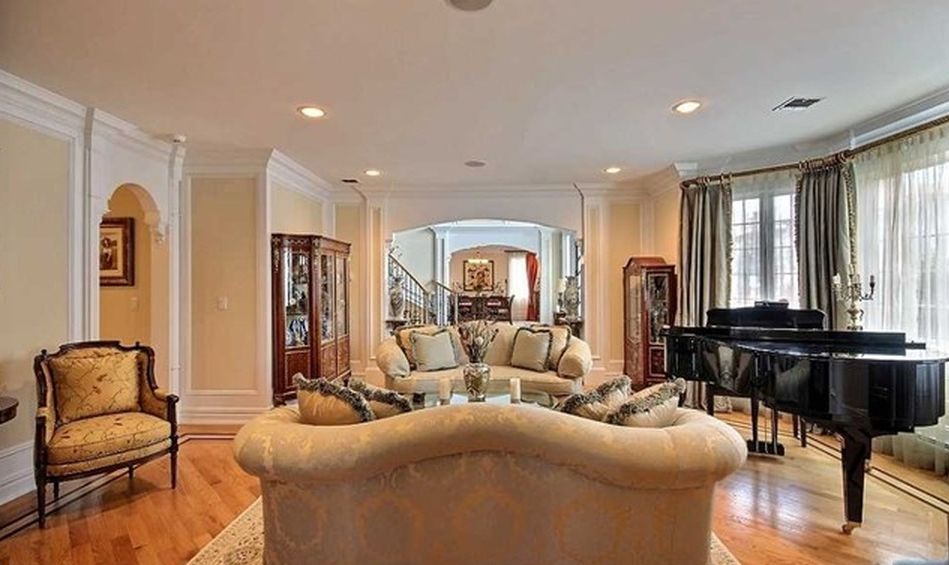$1.898 Million Colonial Brick Home In Fort Lee, NJ