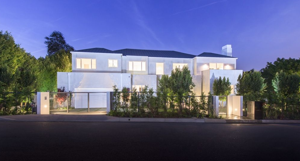 $8.995 Million Contemporary Home In Los Angeles, CA