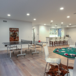 Rec/Game Room w/ Wet Bar