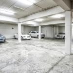 12-car Garage