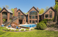 $2.125 Million Lakefront Brick Home In Excelsior, MN