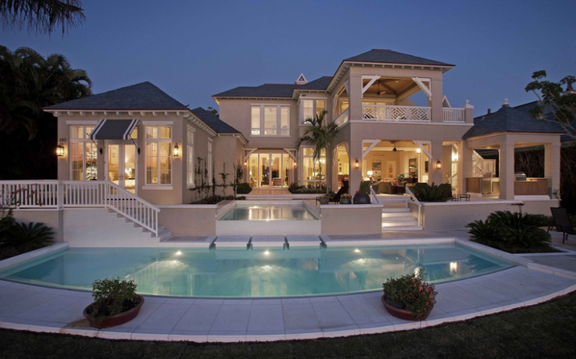 $13.9 Million Waterfront Home In Naples, FL