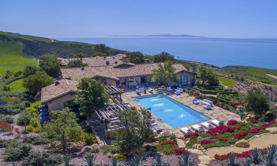 Villa della Costa – A $35 Million Hilltop Mansion In Goleta, CA