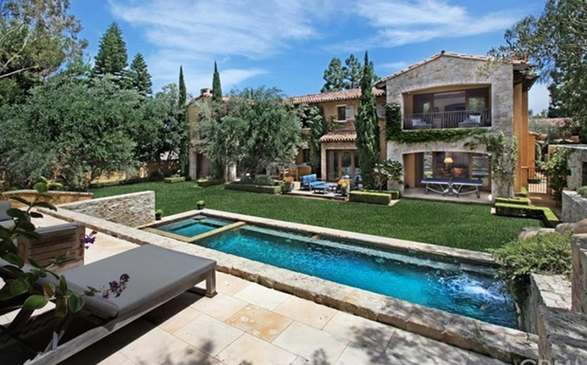 $11.35 Million Mediterranean Mansion In Newport Beach, CA