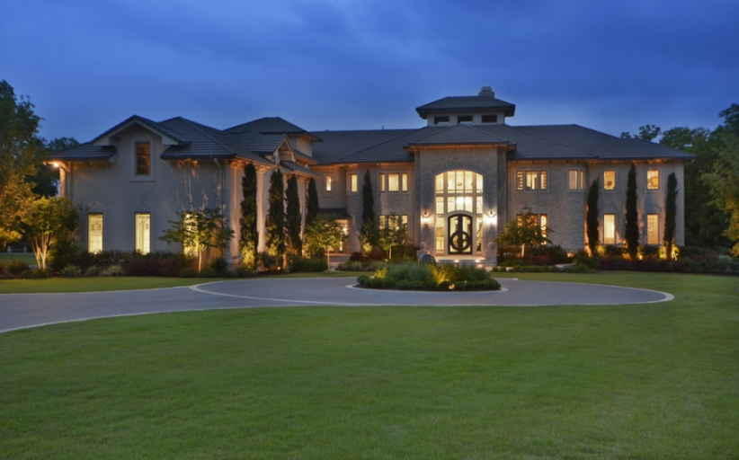 13,000 Square Foot Waterfront Mansion In Austin, TX