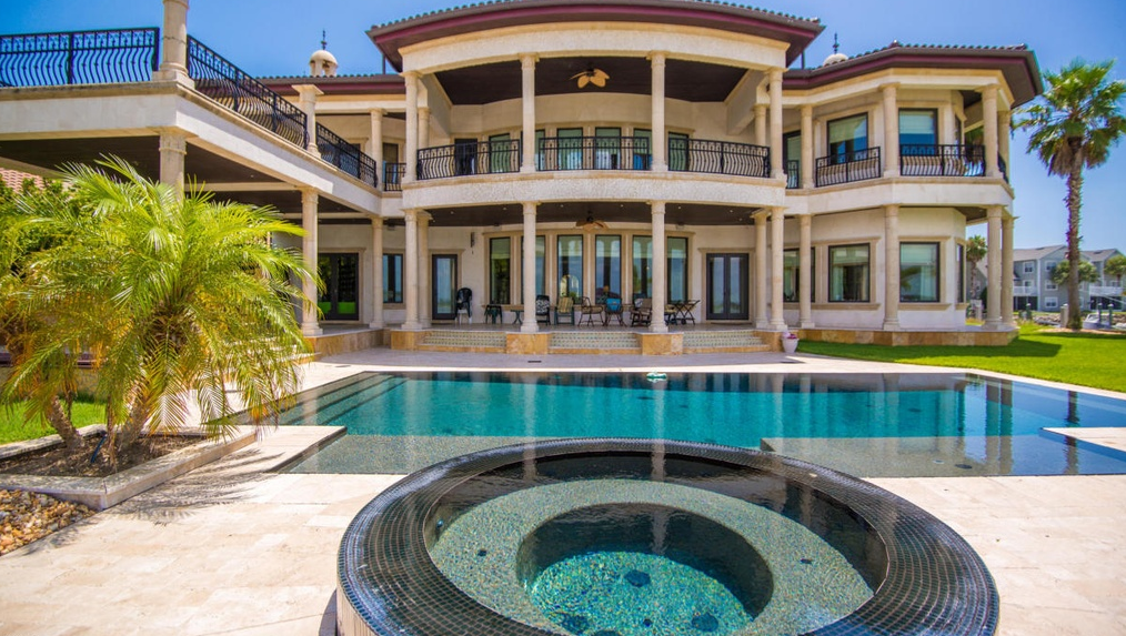16,000 Square Foot Waterfront Estate In St Augustine, FL