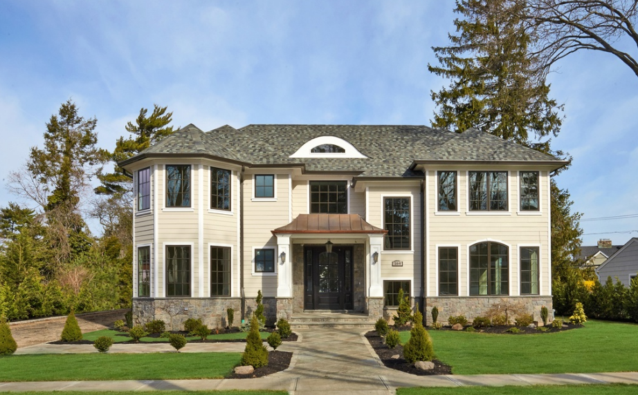 $2.995 Million Newly Built Colonial Home In Manhasset, NY